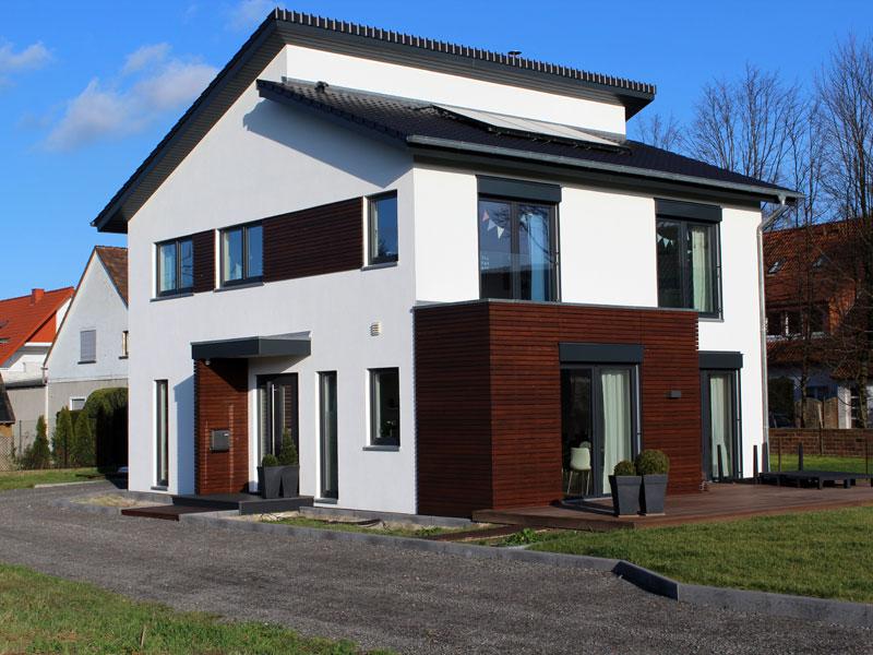reinkensmeier hausbau bad oeynhausen zimmerei tischlerei dachdeckerei. Black Bedroom Furniture Sets. Home Design Ideas